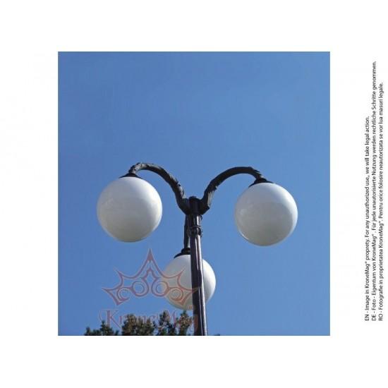 Stâlp Iluminat Parc Metalic cu Înveliș Decorativ Plastic S.40-3GJ
