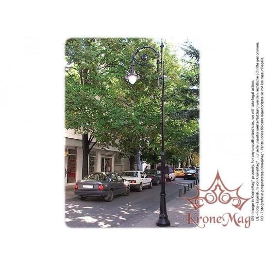 Stâlp Iluminat Stradal Metalic cu Ornamente Fontă T28-L1